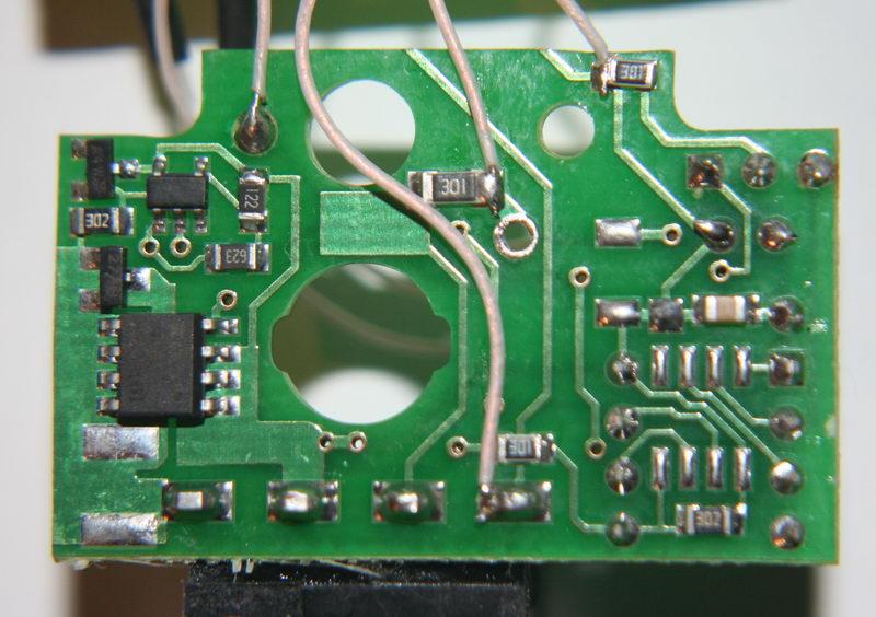 Название: 004. Кнопки Емеля в штатные Passat B5. #5.jpg Просмотров: 464  Размер: 105.2 Кб