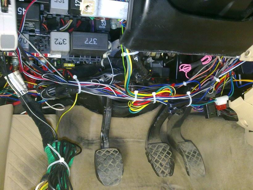 volkswagen touareg точки подключения сигнализации